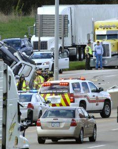 Chicago Semitruck Accident Victims Center 773-745-1909